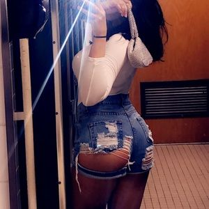 💌 Fashion Nova Denim Shorts